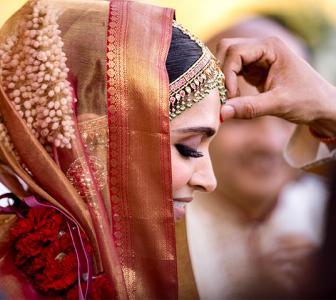 The 'real' story behind Deepika's wedding sari