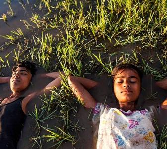 Village Rockstars Review: Too good for the Oscars