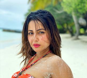 PIX: Hina Khan's bikini holiday in Maldives