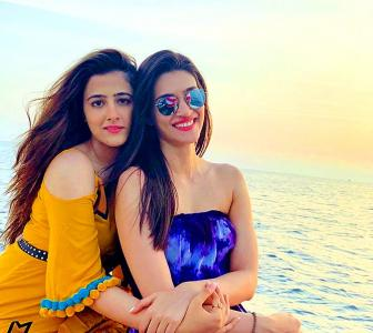 Meet Bollywood's HOTTEST sisters