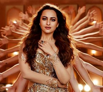 Can Sonakshi dance like Helen? VOTE!