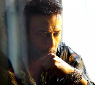 You'll fall in love with Jackie Shroff... yet again!