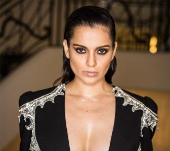Cannes: Kangana's SIZZLING HOT look!