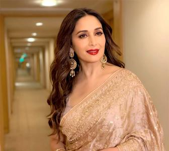 PIX: Madhuri steps out for an awards night