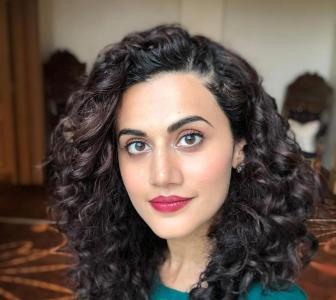 Taapsee on Kangana: 'I refuse to sing her tune'