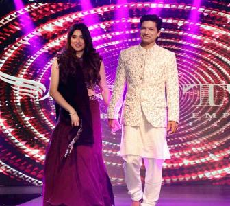 Pics: Singer Shaan walks the ramp with wife Radhika