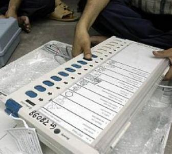 Row erupts after EVM in MP just votes for BJP