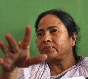 Six Trinamool ministers resign from Manmohan govt