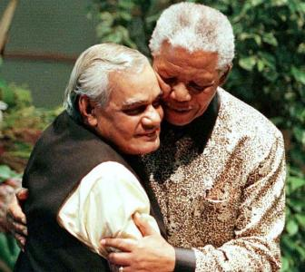 PHOTOS: When Mandela charmed Indians