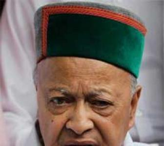 Virbhadra lands in Delhi to explain bribery allegations