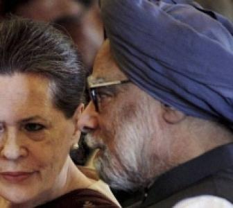 Congress top brass discusses Telangana, food bill issue