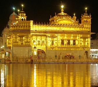Amritsar: Of colour, campaign and darbars