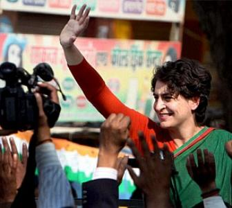 Priyanka to Amethi: Don't vote for 'outsiders'