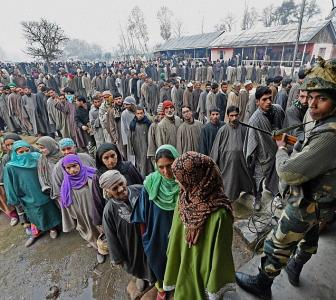 'There is a dangerous political vacuum in Kashmir'