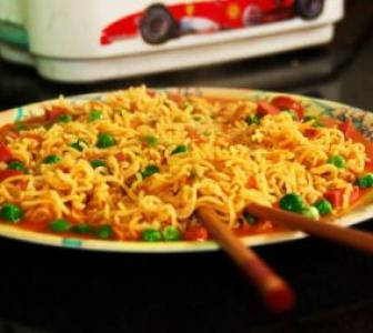Noodle bar? Centre steps in as food regulators ask all states to test Maggi