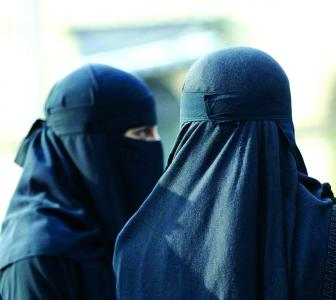 Triple talaq to stay; don't care about Pakistan: Muslim law board