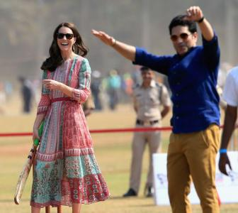 PHOTOS: When Kate 'bowled' Sachin with her batting skills