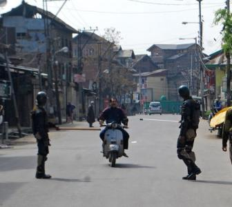 Kashmir needs a calming hand, not jingoist media