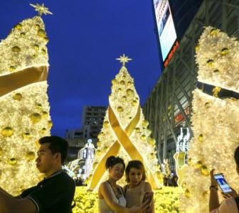 PHOTOS: The world lights up for Christmas