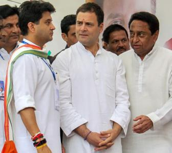 Cong leaders making hectic efforts to woo back Scindia