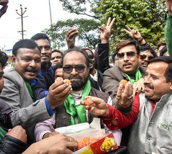 Christmas comes early for Cong-JMM in Jharkhand