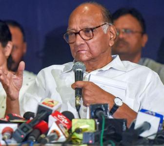 'Pawar is experiencing what Vasantdada faced'
