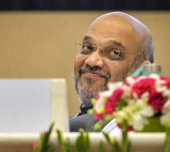 On Hindi Day, Shah pitches for a common language