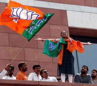 Why the BJP is batting for early polls in Delhi