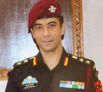 Parents drive 2,000 km for army officer's funeral