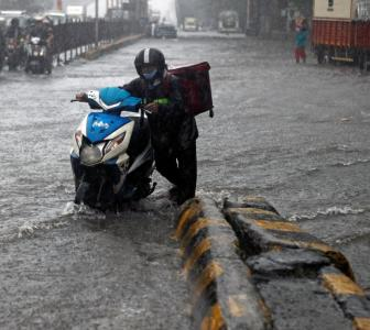 Heavy rains, strong winds batter Mumbai; more to come