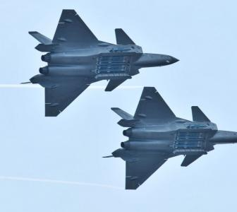 Chinese jets intrude Taiwan air space amid US visit