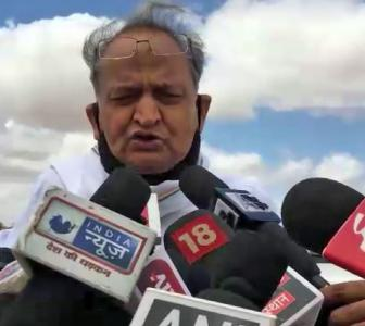 Gehlot says he'll look into MLAs' grievances