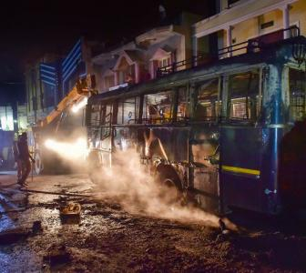 B'luru: Violence over FB post, 3 dead in police firing
