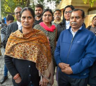 'Can't hang 5 for 1 death': Nirbhaya convict's kin