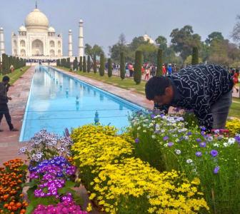 Taj Mahal gets a makeover before Trumps visit Agra