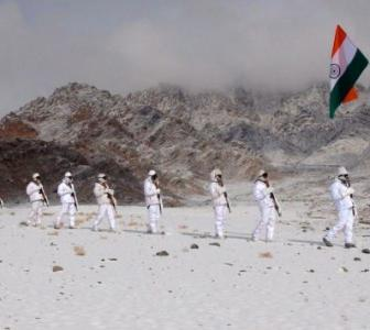 SEE: ITBP celebrate R-Day at 17,000 feet in Ladakh