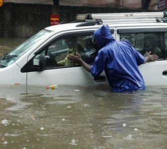 Photos: Mumbai's wet and rainy day