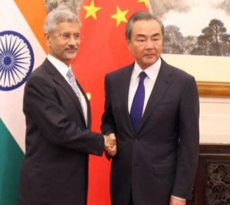 Chinese foreign minister dials Jaishankar, talks peace