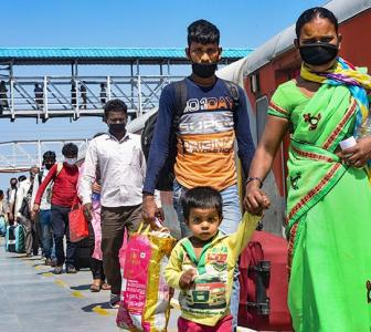 'After migrants, COVID-19 crisis to hit middle class'