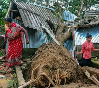 Cyclone aid scam: Mamata expels party leaders