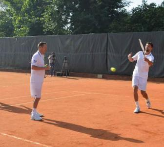 Ivanisevic, Henman groom young Indian talent in AITA coaching program