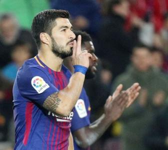 Suarez 'tricks' as Barca rout Girona; 'BBC' back on air for Real