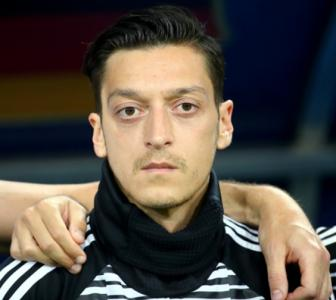 German FA boss admits mistakes in Ozil affair but rejects racism accusations