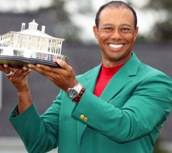 Woods wins Masters to claim first major in 11 years