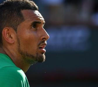 Kyrgios offers food at doorstep of those in need