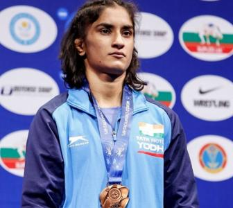 Wrestler Vinesh raises questions on Padma Awards