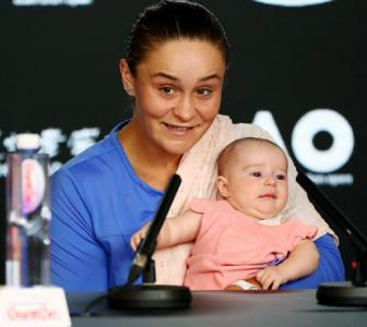 Baby-cradling Barty puts loss into perspective