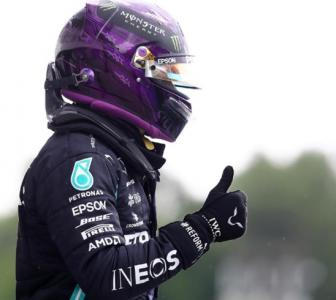 Hamilton takes his record 90th career pole in Hungary