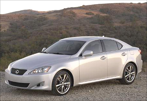 Lexus IS 250/350.