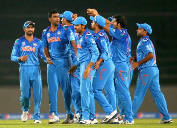 Spin gives India the edge in WT20 semi-final vs SA